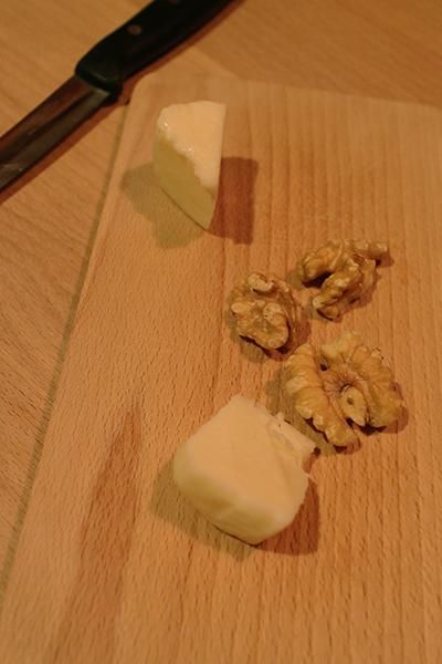 よじゅえもんのチーズ工房の生チーズ 働学舎新得農場のコバン,