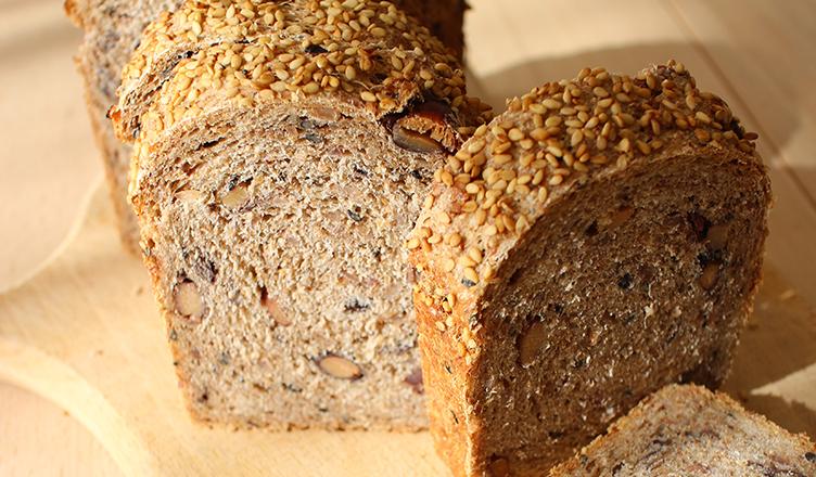 Sera Crewe セーラクルーのライ麦玄米パン